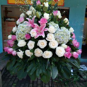 Standing Flowers 011