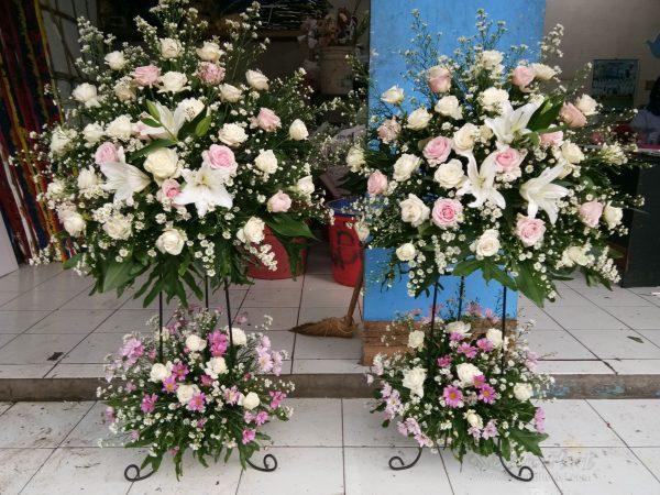 Standing Flowers 016