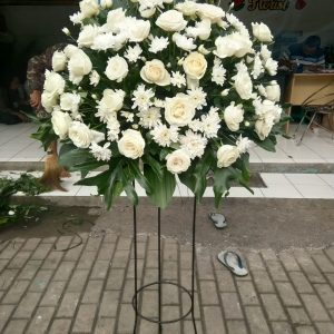Standing Flowers 017
