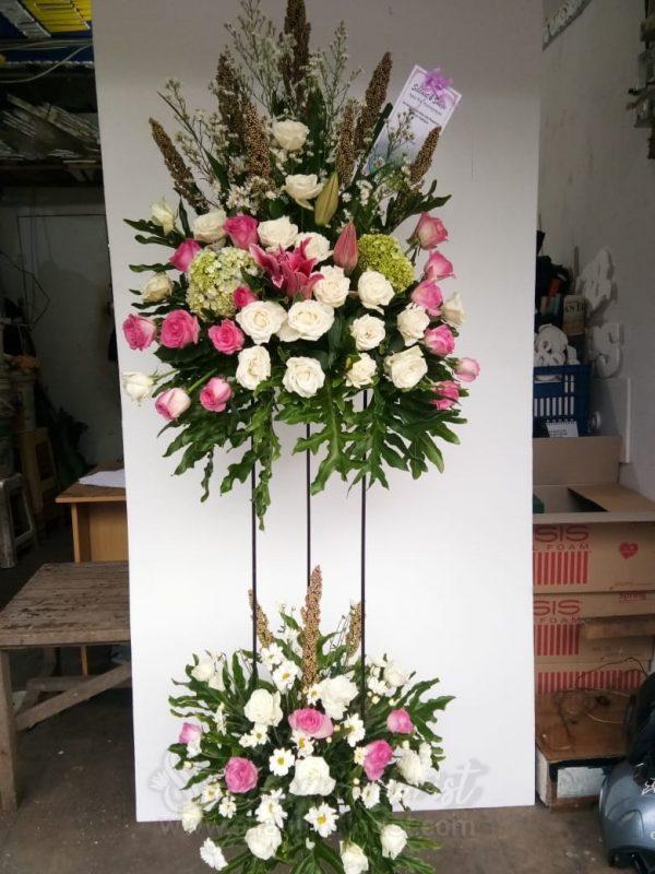 Standing Flowers 024