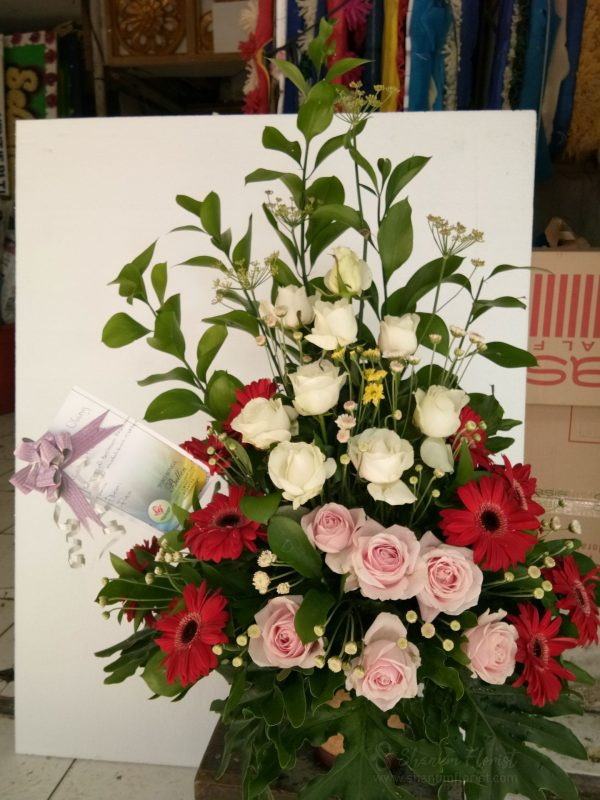 Table Flowers 001